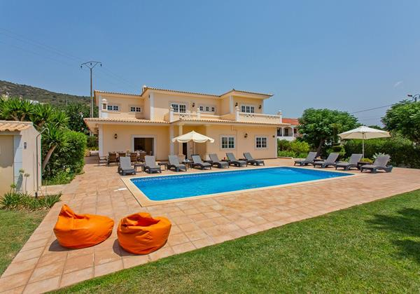 8 Bedroom Villa Algarve