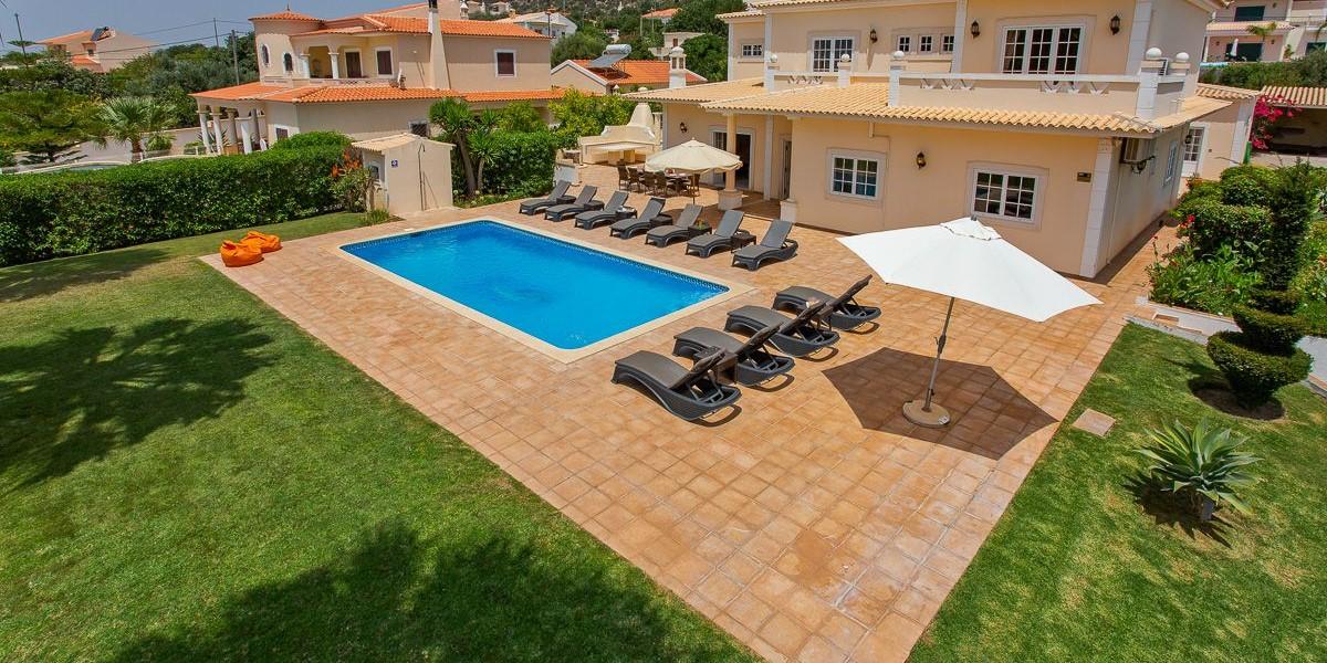Large Family Villa To Rent Vilamoura
