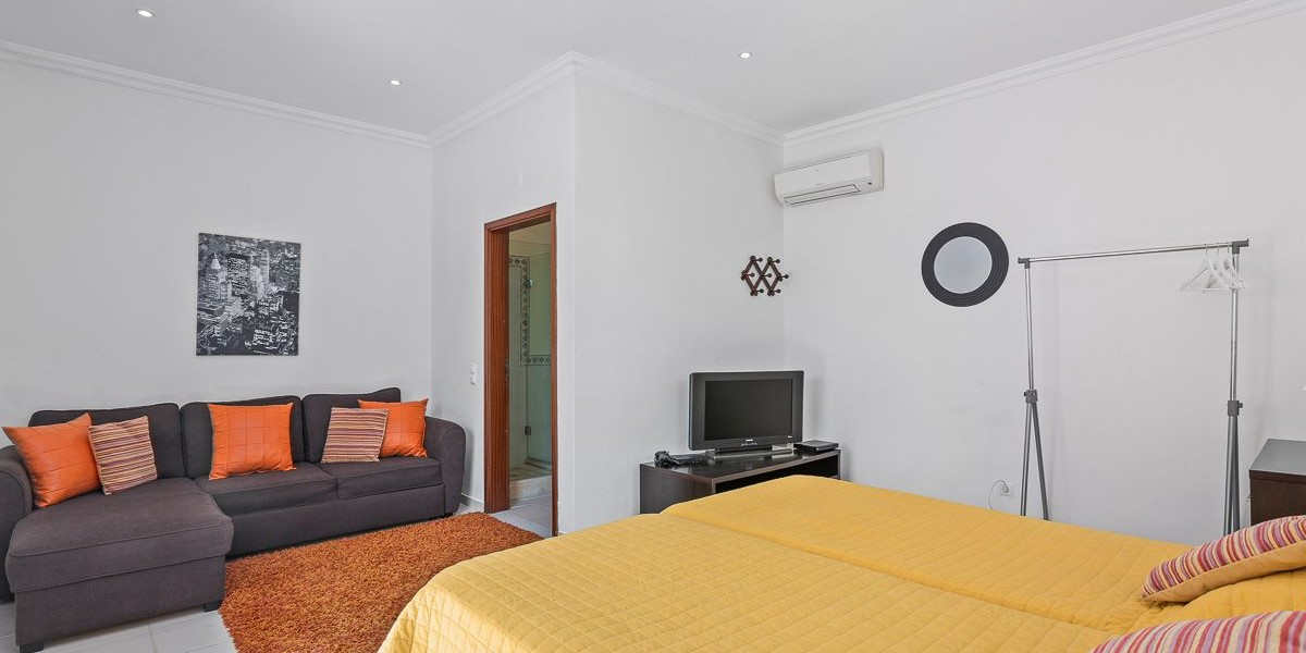 Twin Bedroom Annex Large Villa Vilamoura
