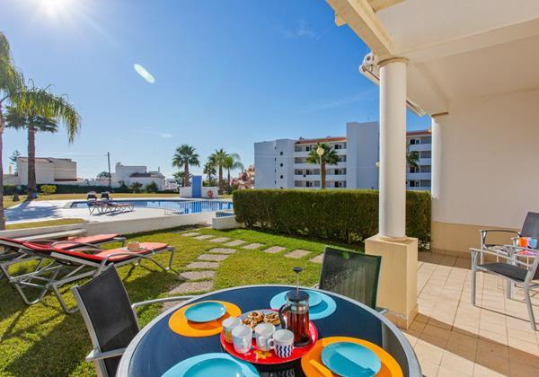 3 Bedroom Villa To Rent Albufeira