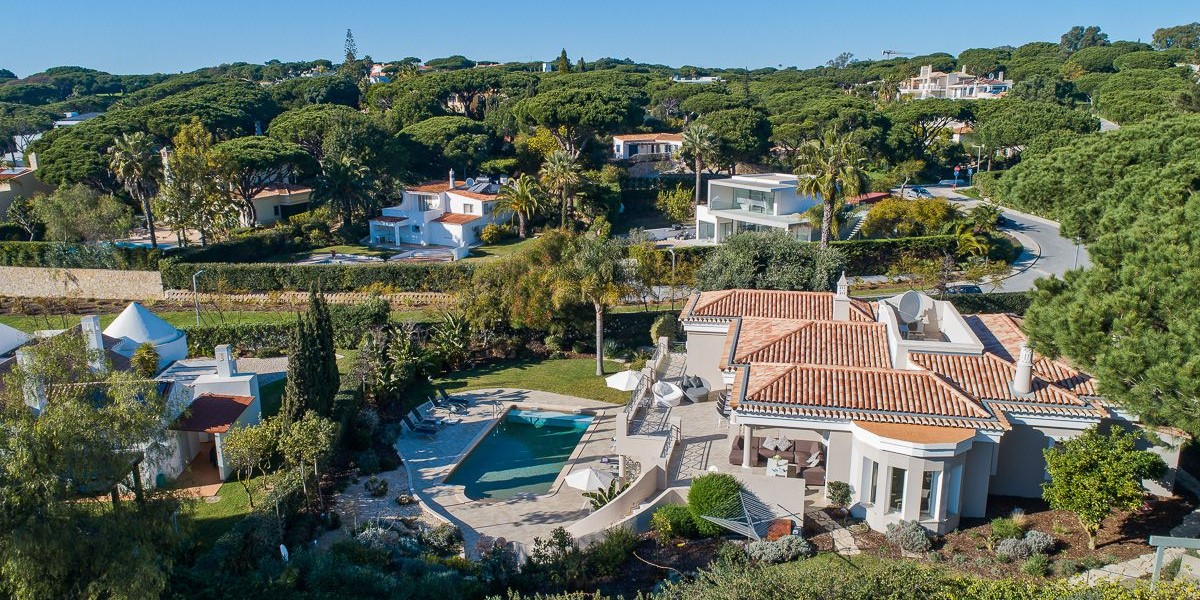 Large Family Villa To Rent Portugal