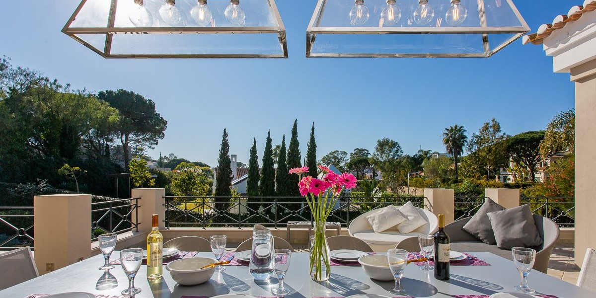 Luxury Dining By The Pool Vale Do Lobo