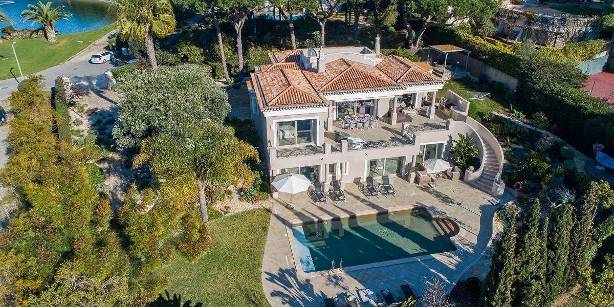Luxury Vacation In Algarve