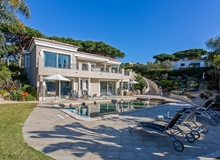 Luxury 4 Bedroom Villa In Vale Do Lobo Within Walking Distance To The Beach And Restaurants