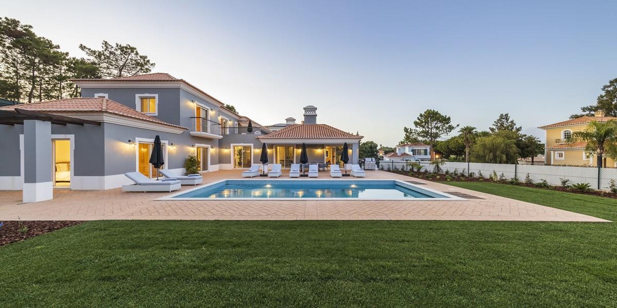 Villa To Rent Encosta Do Lago