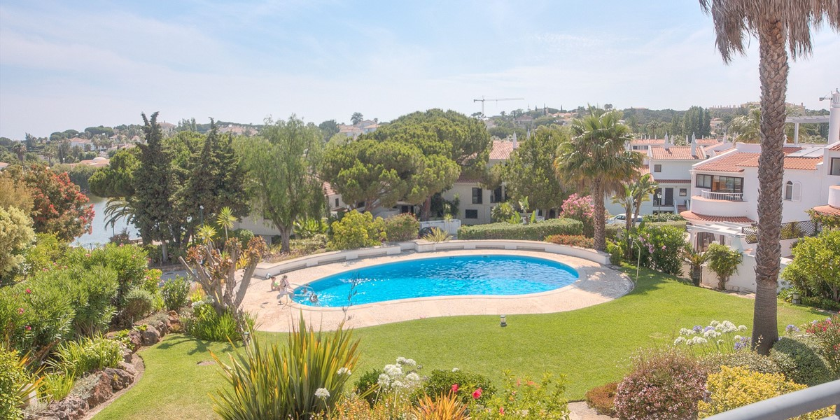 Master Bedroom Terrace Views To Pool
