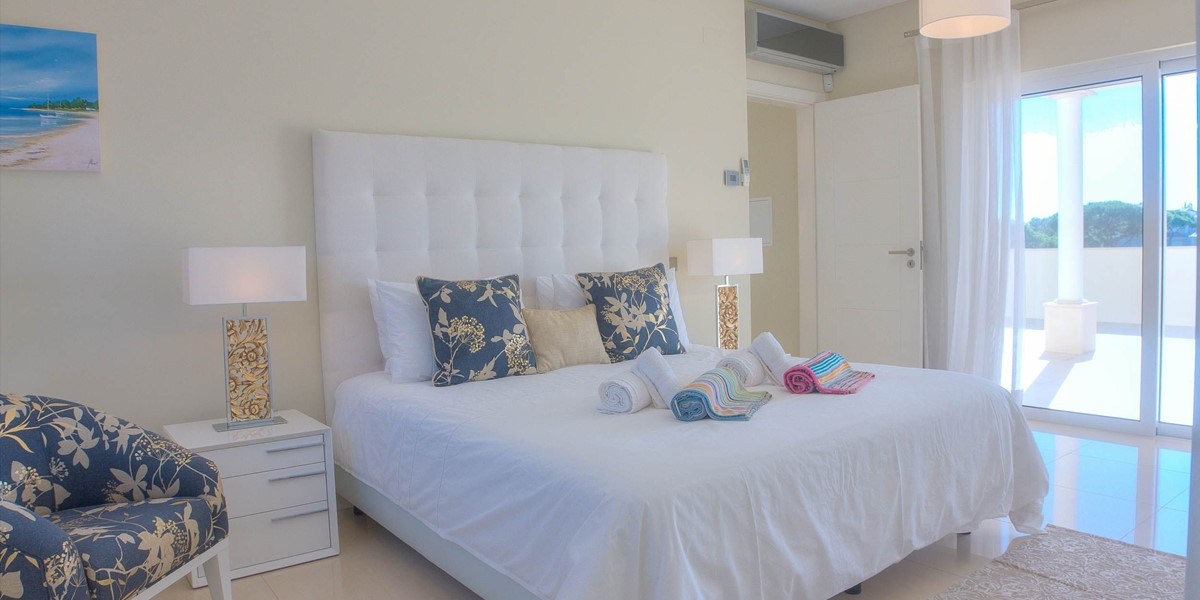 First Floor Double Bedroom In Large Family Holiday Villa Rental