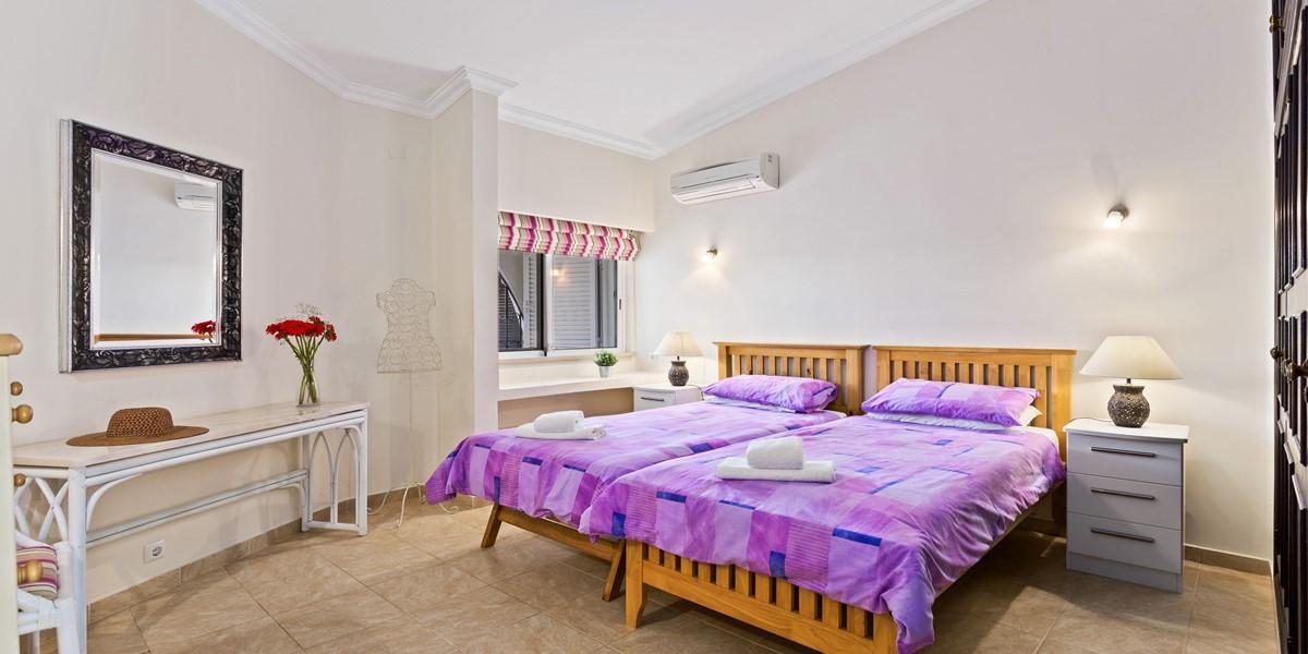 Modern Twin Bedroom Vale Do Lobo