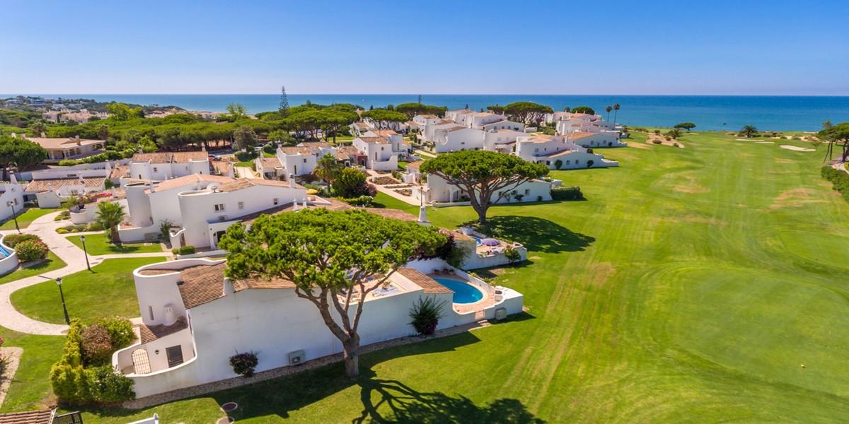 Private Villa With Golf View