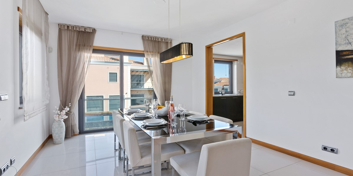 Dining Area Rental Apartment Vale Do Lobo