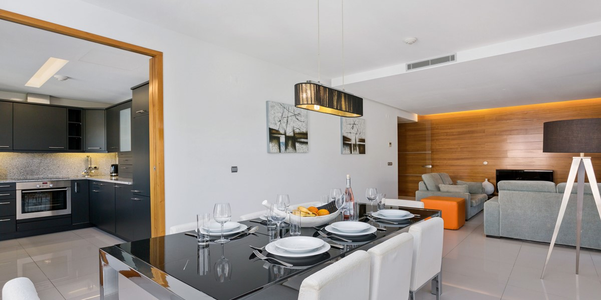 Luxury Vacation Apartment Dining Area Vale Do Lobo