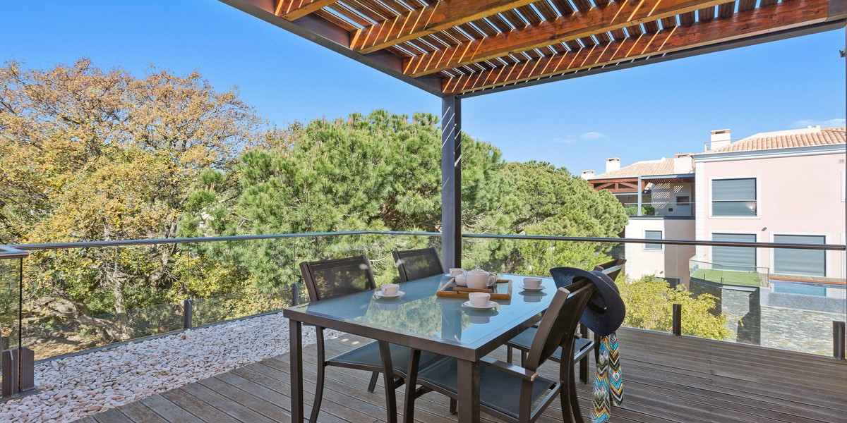 Outside Apartment Dining Table Vale Do Lobo