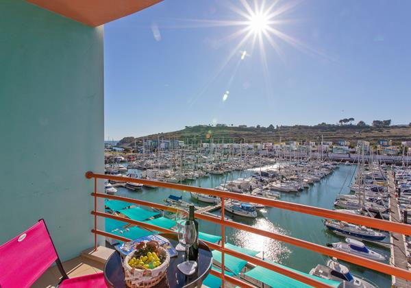 Private Terrace Overlooking Albufeira Marina