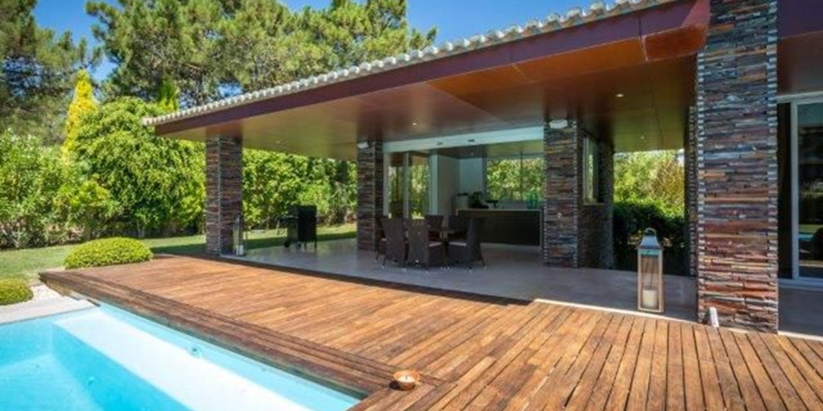 Exterior Kitchen And Dining In Luxury Holiday Villa Portugal