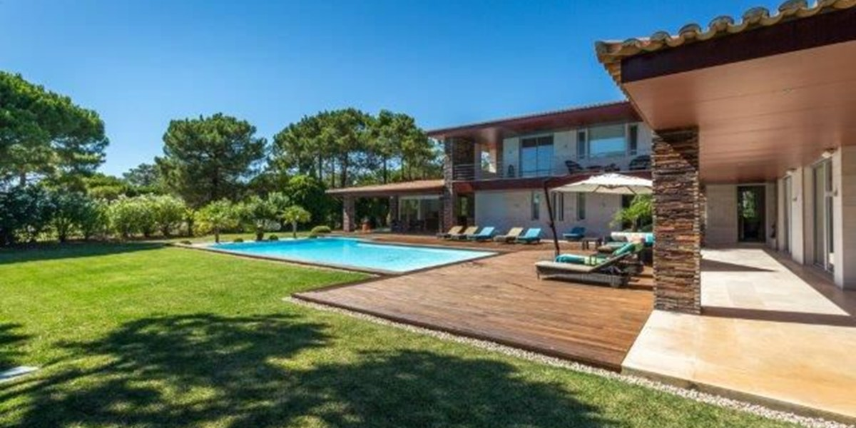 Luxury Family Villa To Rent Sleeps 10
