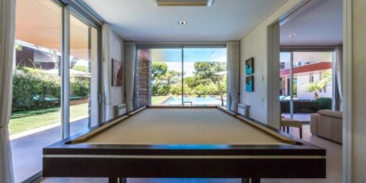 Pool Table In Luxury Quinta Do Lago Villa