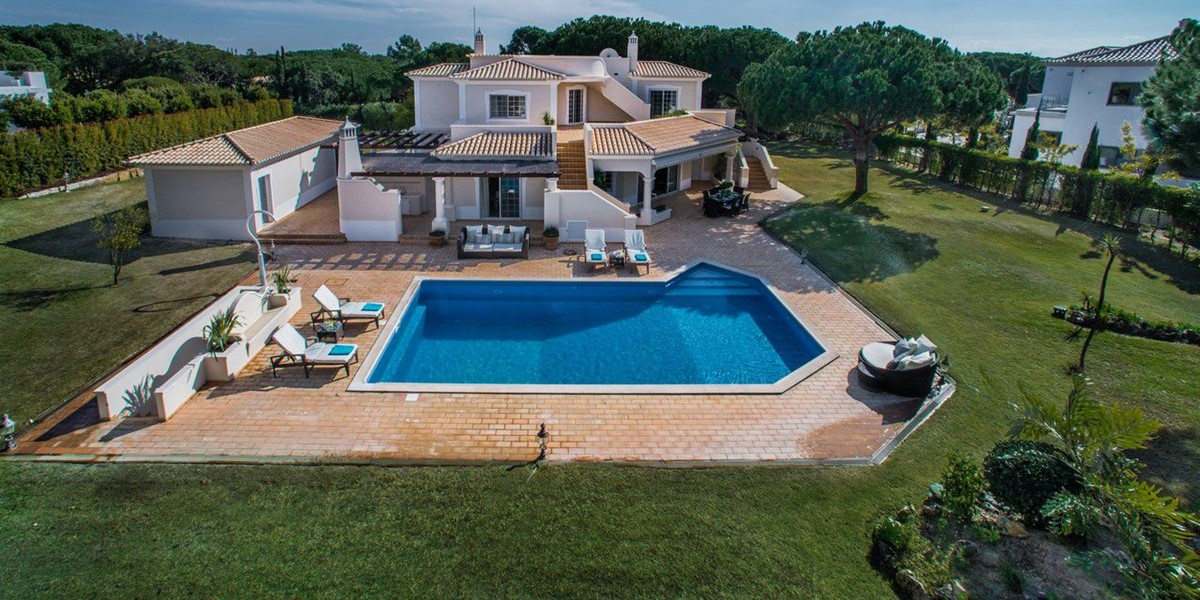 Large Villa For Families To Rent In Portugal