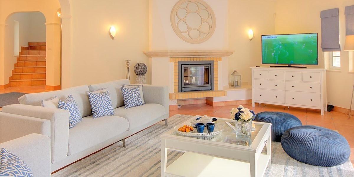Modern Refurbished Holiday Villa In Quinta Do Lago