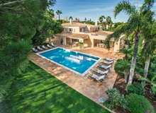 5 Bedroom Villa In Quinta Do Lago With Golf Course Views And Walk To Beach