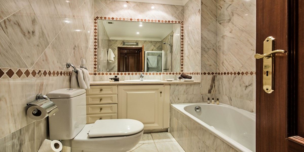 Bathroom Holiday Rental Villa Vale Do Lobo