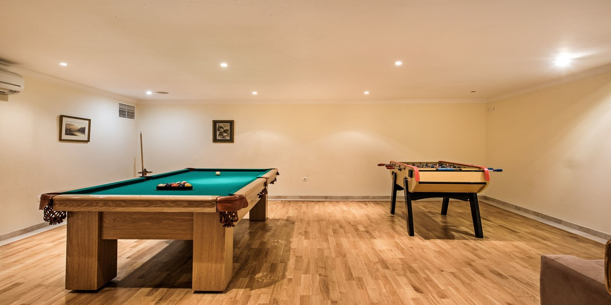 Large Games Room Holiday Rental Villa Vale Do Lobo