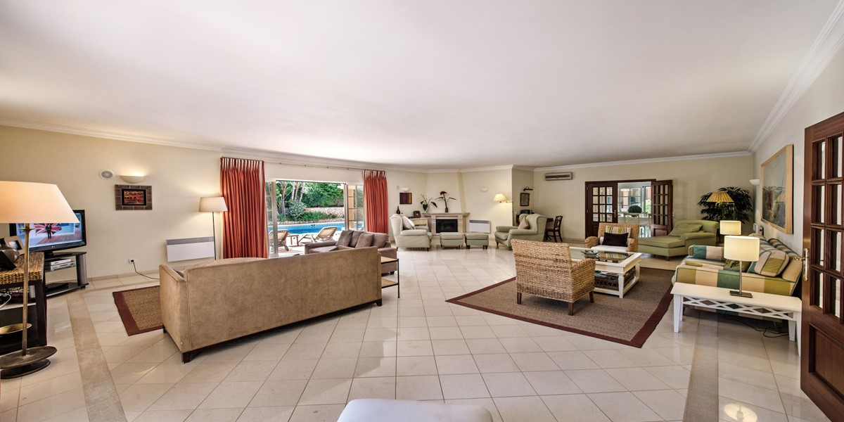 Spacious Living Room Vacation Rental Villa Vale Do Lobo