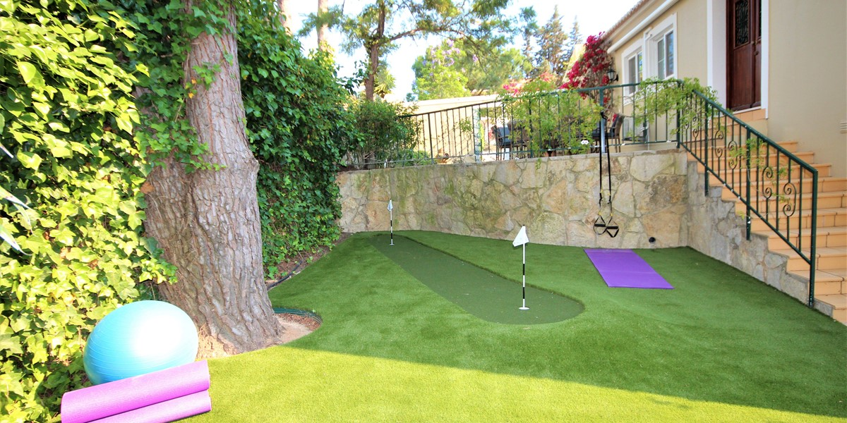 Putting Green In Holiday Villa Near Quinta Do Lago