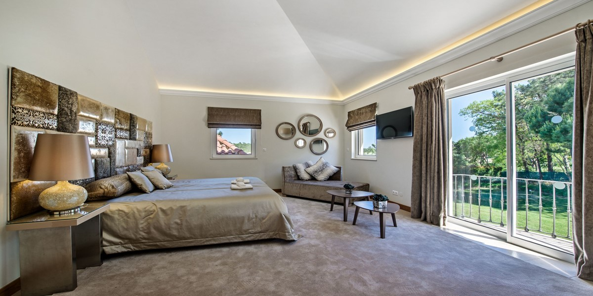 Comfortable King Size Bedroom Holiday Rental Villa Quinta Do Lago