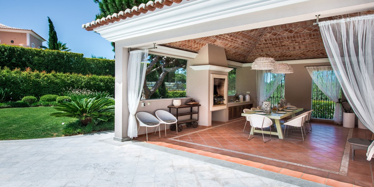 Contemporary Covered Barbeque Terrace Rental Villa Quinta Do Lago