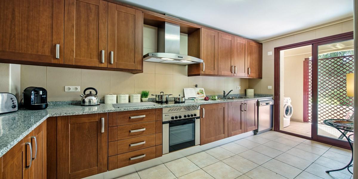 Large Kitchen Area Vilamoura
