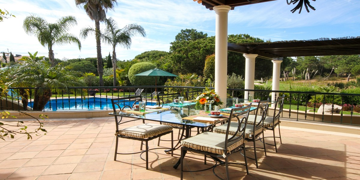 Al Fresco Dining Vacation Rental Villa Quinta Do Lago