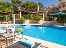 Luxury 6 Bedroom Villa In Quinta Do Lago Within Walking Distance To The Beach
