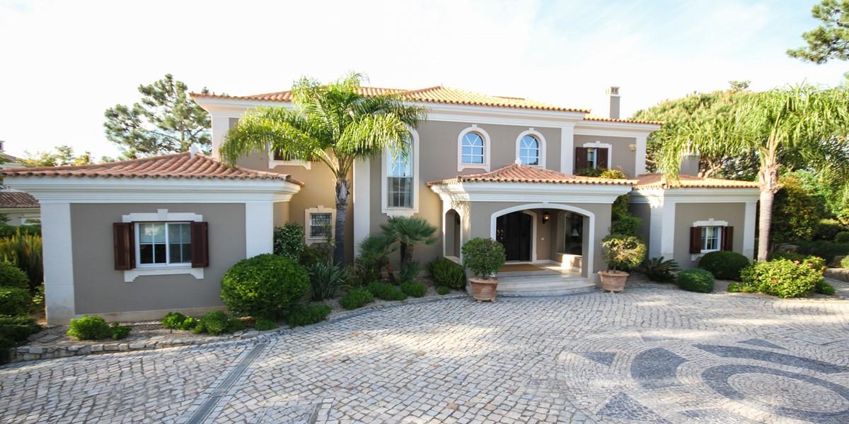 Luxury 6 Bedroom Holiday Villa Rental Algarve