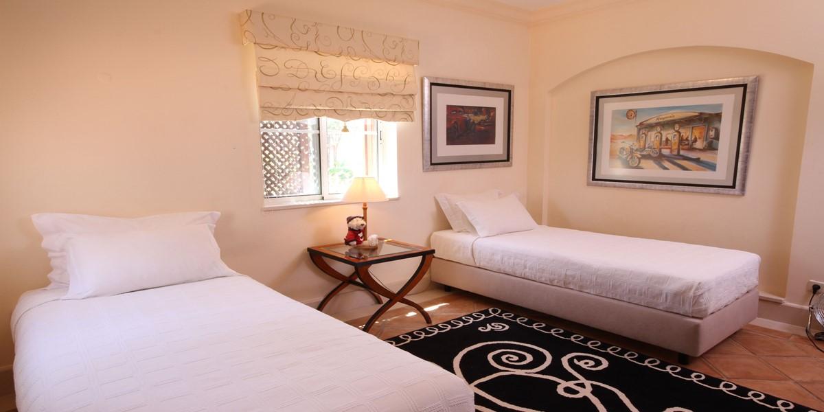 Twin Bedroom Holiday Villa Rental Quinta Do Lago