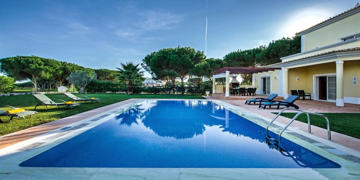 Private Garden And Swimming Pool Holiday Rental Villa Vila Sol