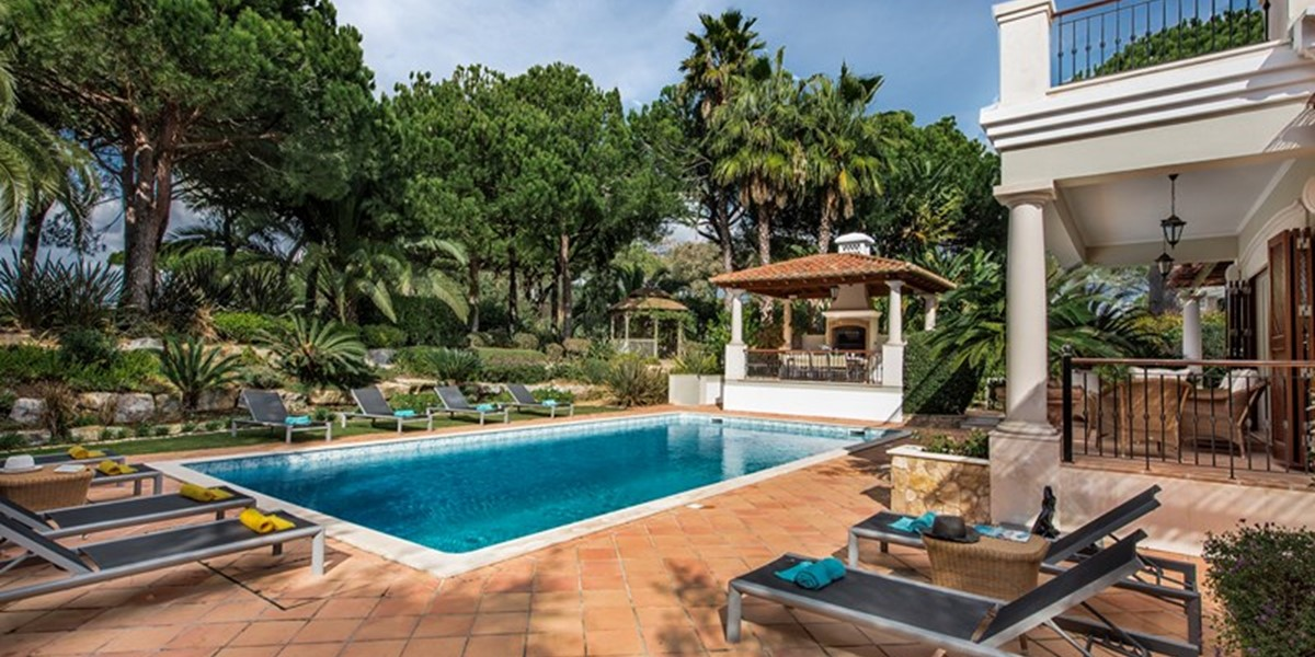 Private Pool Holiday Rental Portugal