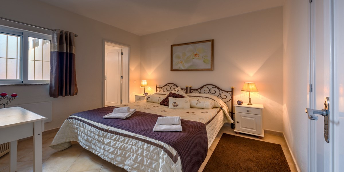 Comfortable King Size Bedroom Vale Do Lobo