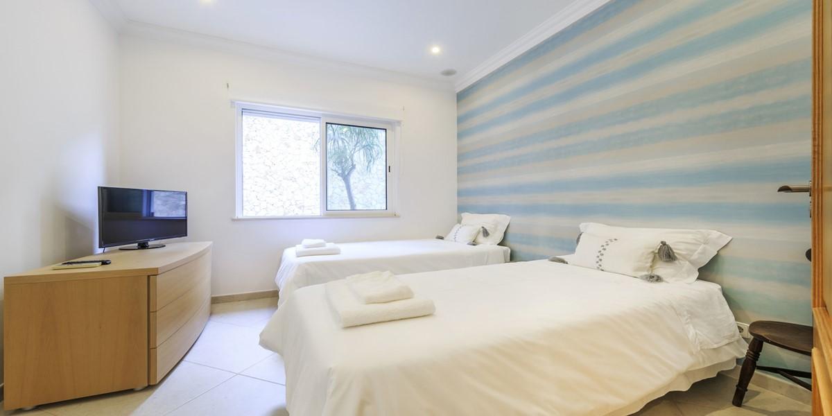 Comfortable Twin Bedroom Holiday Villa Quinta Do Lago