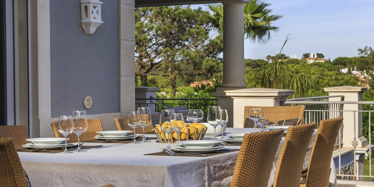 Outside Dining Area Vacation Villa Algarve