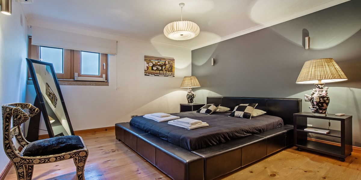 Comfortable King Size Bedroom Vacation Villa Rental Vilamoura