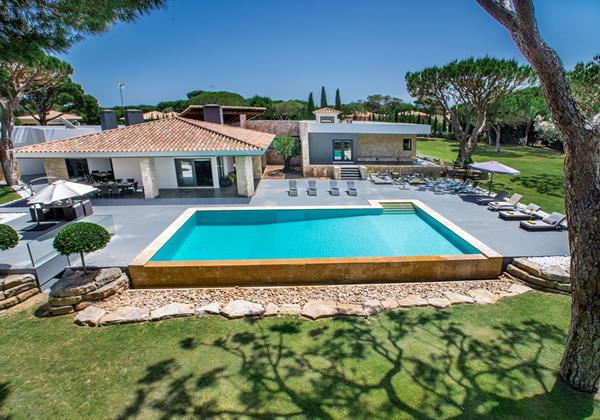 Luxury 9 Bedroom Villa Rental Vilamoura