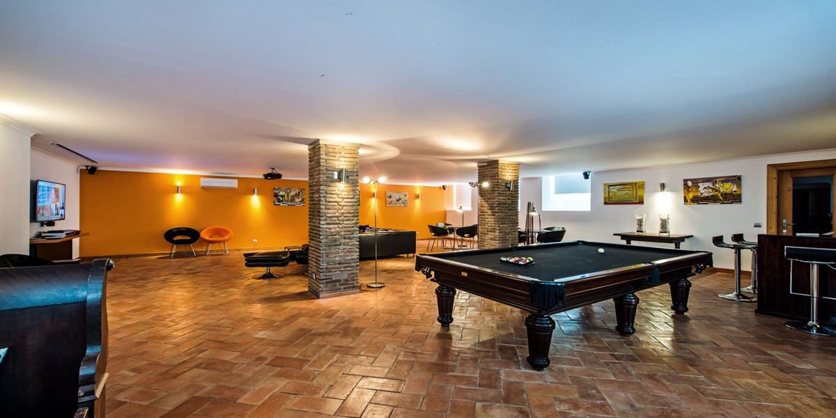 Luxury Games Room Vacation Villa Rental Vilamoura