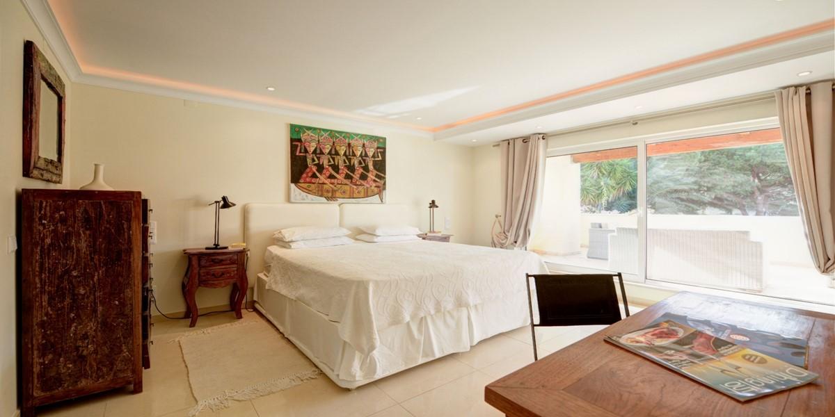 King Size Bedroom Vacation Villa Rental Vale Do Lobo