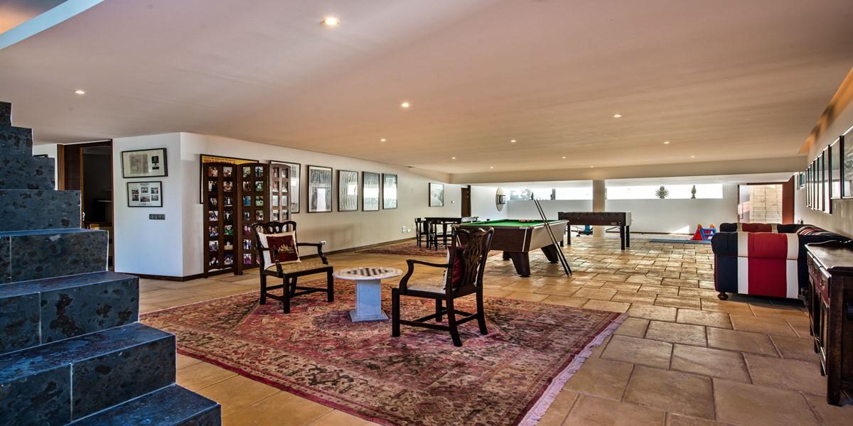 Lower Ground Floor Games Room In Vilamoura Property