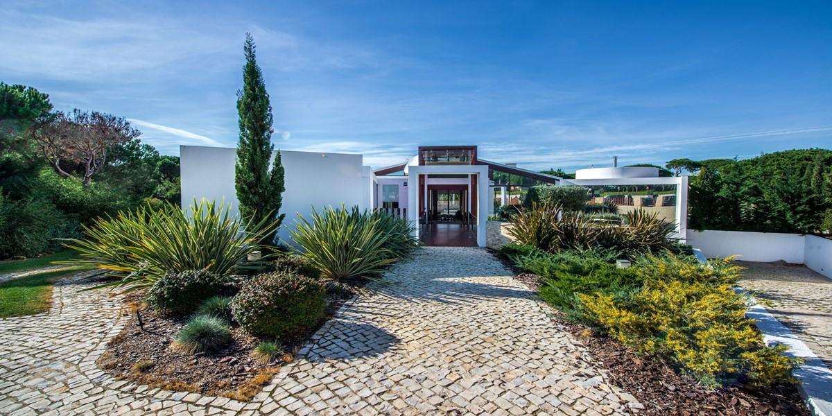 Luxury Algarve Villa For Holiday Rental