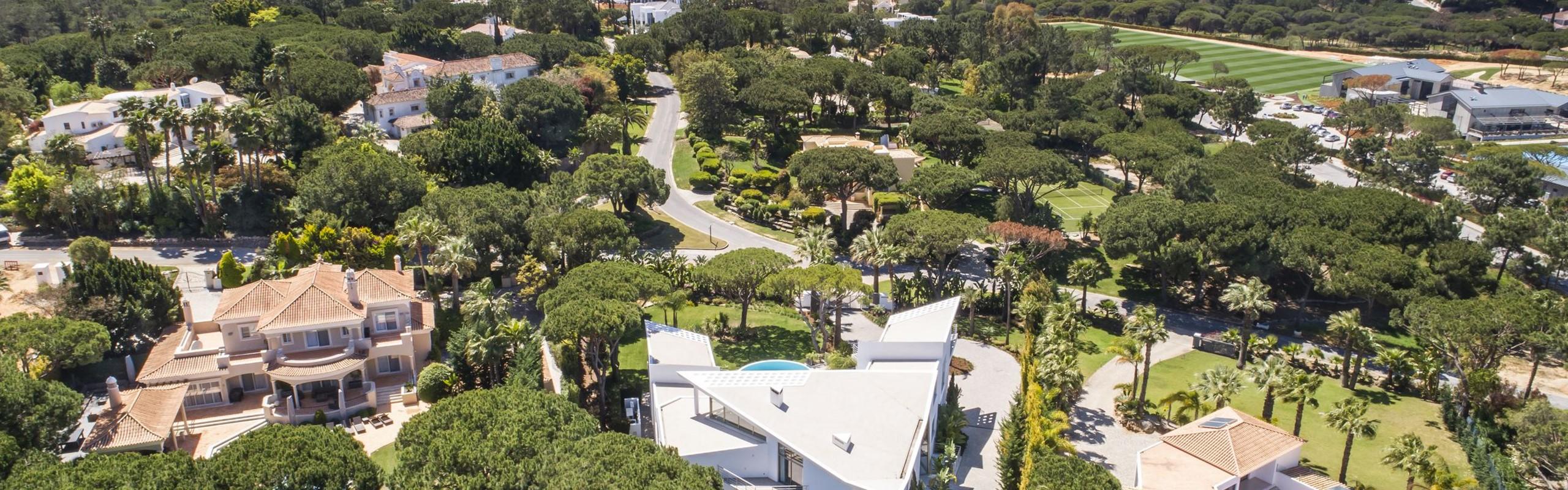 Quinta Do Lago Villa To Remt Near The Campus