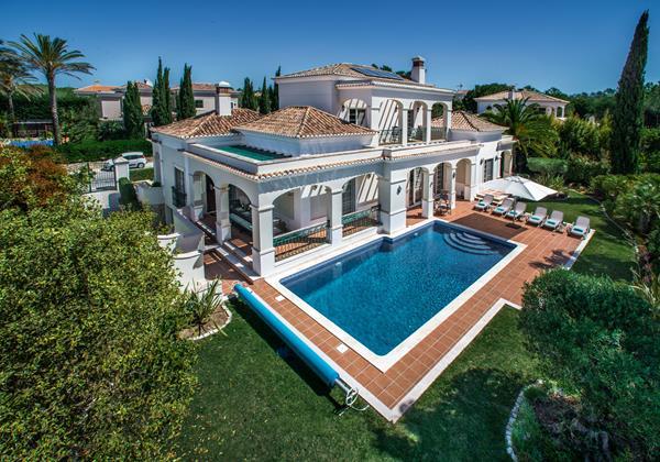 Quality Algarve Holiday Villa