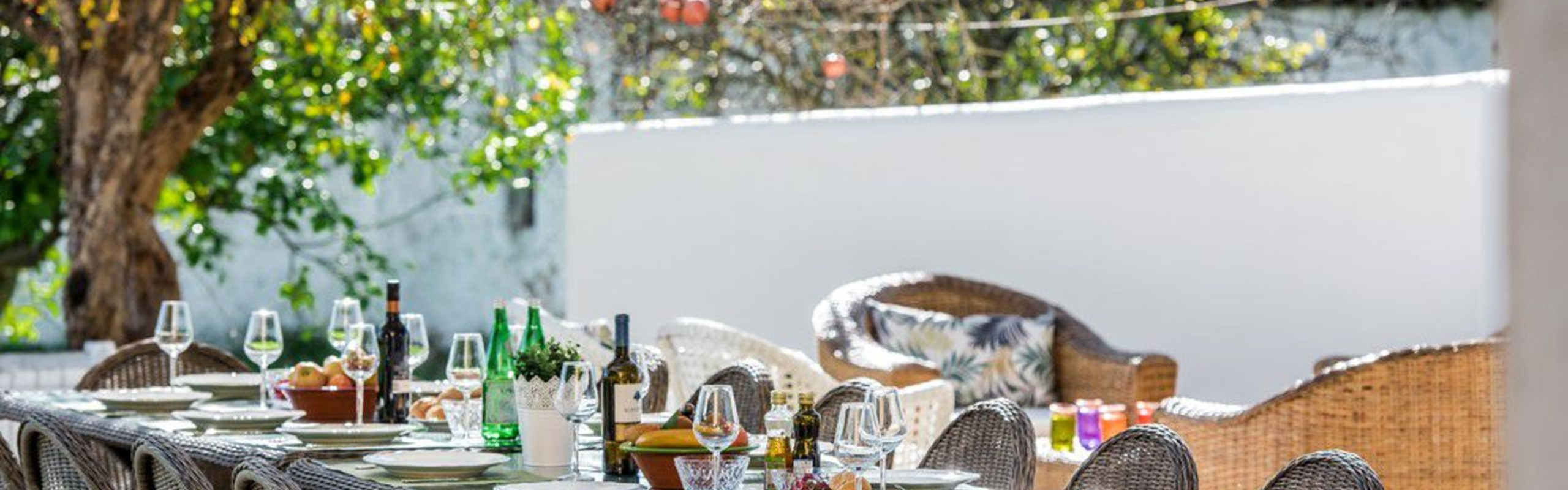 Family Dining Al Fresco In Algarve Holiday Villa