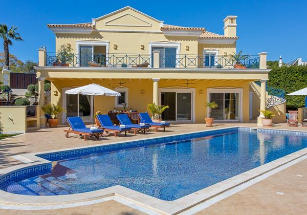 Vale Do Lobo Villa For 8 People To Rent